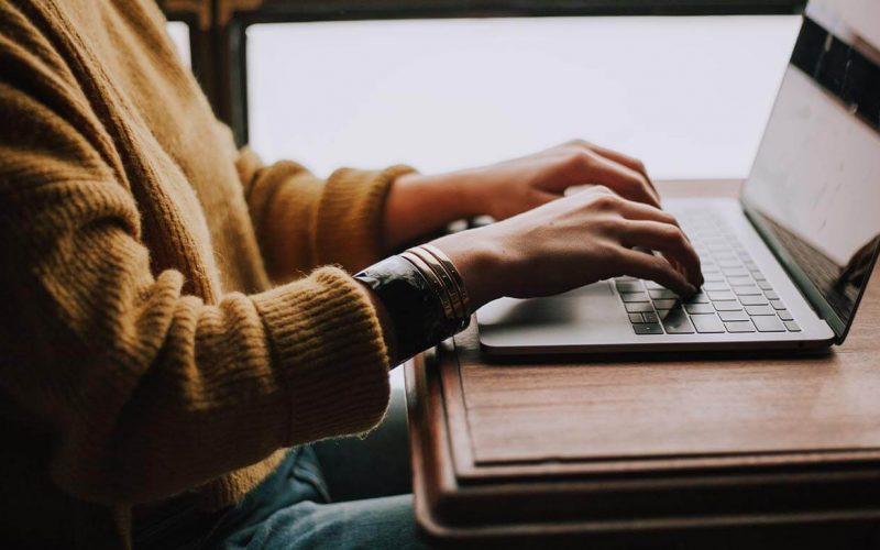 stwórz swoją stronę internetową. darmowe narzędzia do tworzenia stron www